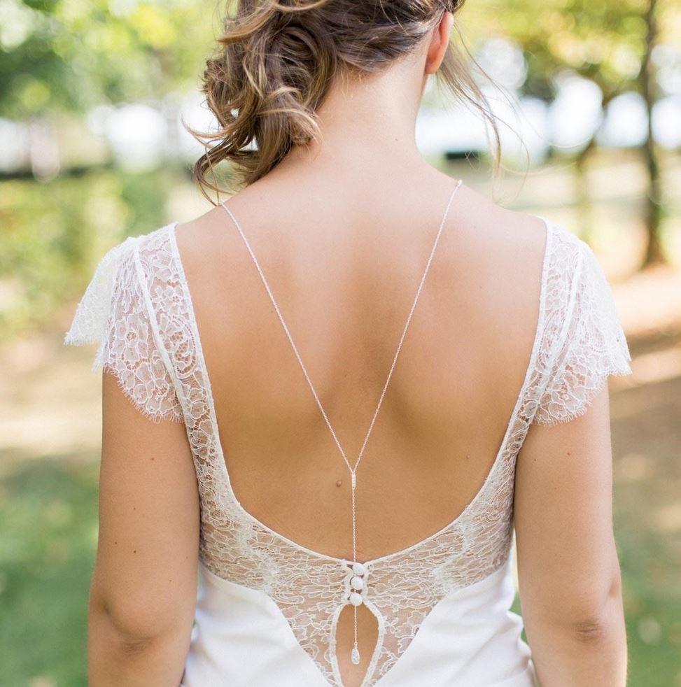 collier-dos-mariage-bijou